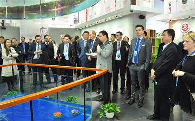 Delegation of Youth Politicians from China and Central and Eastern Europe Visited Beijing-Tianjin-Hebei (Langfang) Collaborative Innovation and Entrepreneurship Base